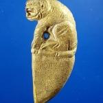 เขี้ยวเสือไตรมาส รุ่นเลื่อนสมณะศักดิ์ 2553 หลวงปู่แขก ปภาโส วัดสุนทรประดิษฐ์ จ.พิษณุโลก เนื้อทองผสม