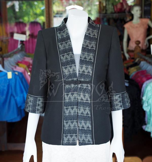 เสื้อคลุมผ้าทอลายลูกแก้วสีดำแต่งผ้าลายมัดหมี่สุโขทัย ไซส์ XL