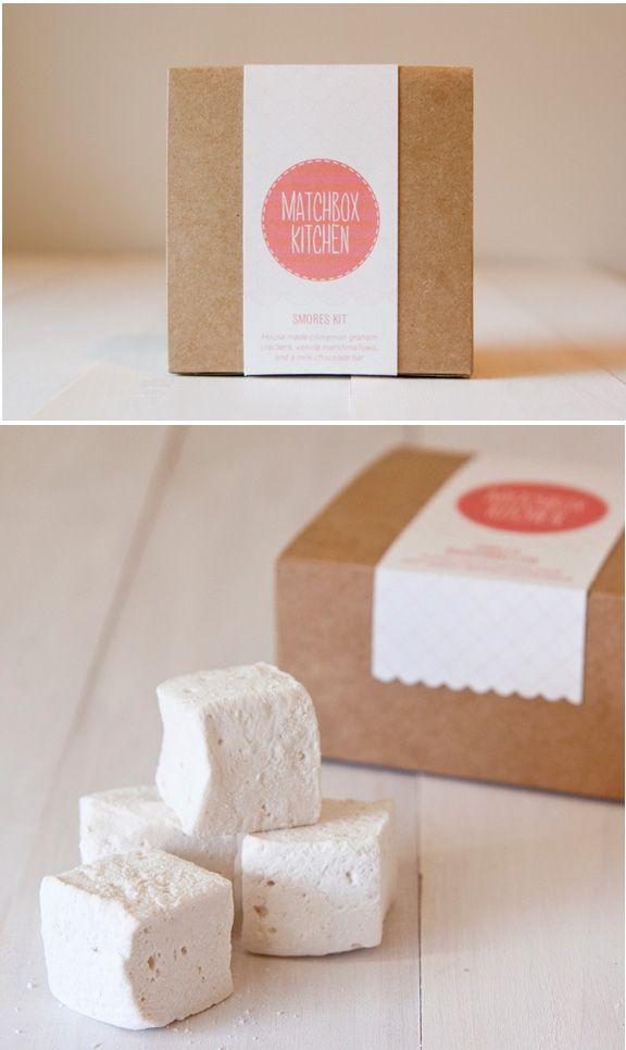 ไอเดียสำหรับการพิมพ์ สติ๊กเกอร์ฉลากสินค้า // สไตล์การออกแบบ ดีไซน์น่ารัก เก๋ๆ ฉลากใช้สำหรับ แปะกับกล่องกระดาษ