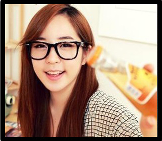 แว่นตาแฟชั่นเกาหลี ดำขาวลายจุด (ไม่มีเลนส์)