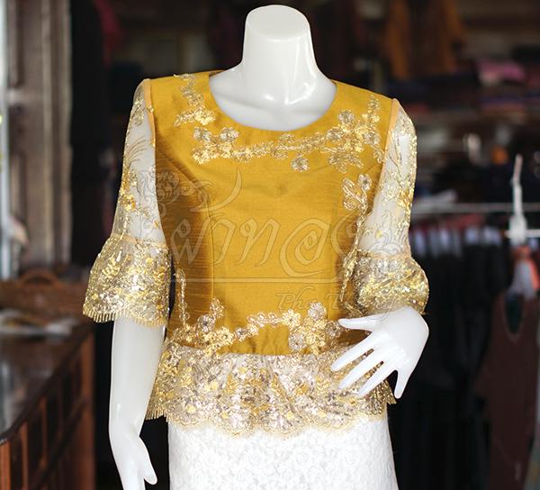 เสื้อผ้าไหมแพรทองแต่งลูกไม้ ไซส์ M
