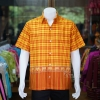 เสื้อเชิ้ตผ้าฝ้ายทอลายช้าง ไม่อัดผ้ากาว สีส้ม-เหลือง ไซส์ M