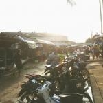 บรรยากาศตอนเช้า ตลาดสดชั่วคราว ในเขตเทศบาลเมืองพัทลุง
