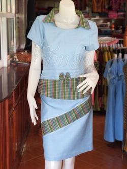 ชุดเสื้อกระโปรงผ้าฝ้ายสุโขทัยแต่งลายมุกสายรุ้งปกเชิ้ต ไซส์ L