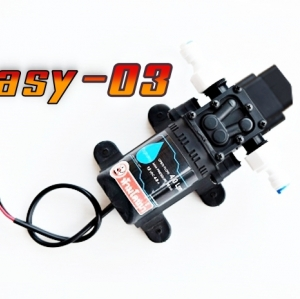 ปั๊มปั๊ม EASY- 03 แรงดันต่ำ 12VDC 60W 8 บาร์ ( pressure switch ) สำหรับ พ่นยา/พ่นหมอก พ่นหัวเนต้าฟิล์ม 20-30 หัวพ่น ) + ข้อต่อข้างปั๊ม