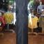 ชุดเสื้อกระโปรงผ้าไหมแพรทองแต่งลูกไม้ สีดำ ไซส์ L thumbnail 4
