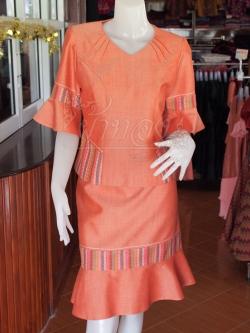 ชุดเสื้อกระโปรงผ้าฝ้ายสุโขทัยแต่งลายมุกสายรุ้ง ไซส์ L