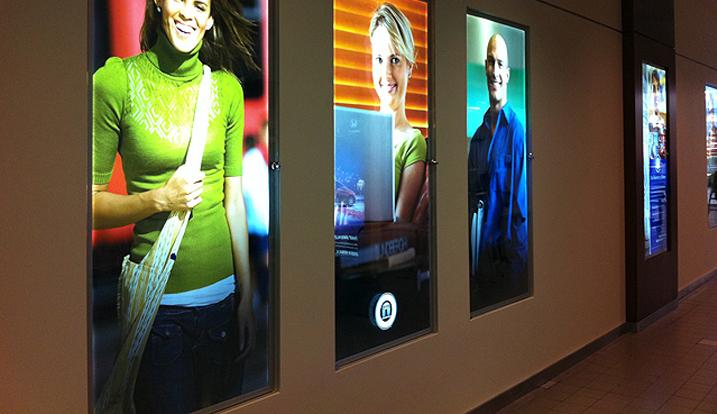 ชนิดของงานระบบการพิมพ์ Inkjet Indoor
