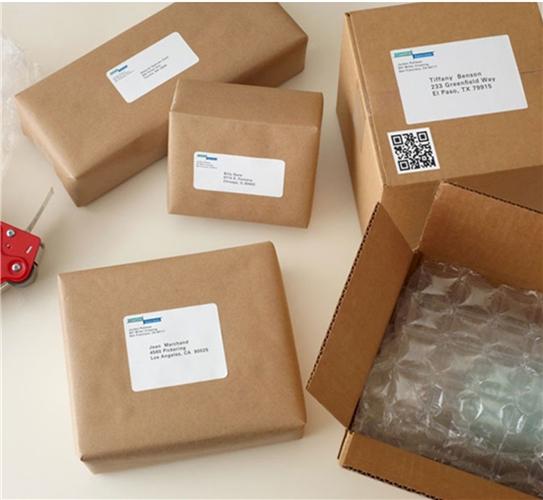 ไอเดียสำหรับการพิมพ์ สติ๊กเกอร์ฉลากสินค้า // สไตล์การออกแบบ ดีไซน์แบบเรียบๆ แต่มีสไตล์ ฉลากไว้ใช้สำหรับ แปะกับกล่องกระดาษใส่ของ,กล่องบรรจุภัณฑ์