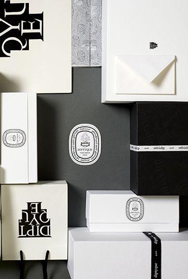 ไอเดียสำหรับการพิมพ์ สติ๊กเกอร์ฉลากสินค้า // สไตล์การออกแบบ ดีไซน์แบบเรียบๆ แต่มีสไตล์ ฉลากไว้ใช้สำหรับ แปะกับกล่องกระดาษ กล่องของฝาก กล่องเค้ก