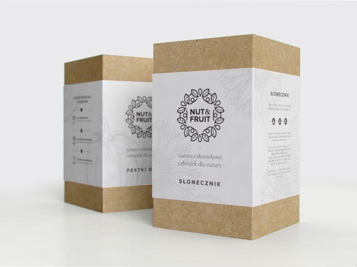 ไอเดียสำหรับการพิมพ์ สติ๊กเกอร์ฉลากสินค้า // สไตล์การออกแบบ ดีไซน์แบบเรียบๆ ฉลากไว้ใช้สำหรับ แปะกล่องกระดาษ กล่องบรรจุภัณฑ์