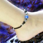 สร้อยข้อเท้า 016C สีดำ ประดับดอกไม้ไข่มุกสีฟ้า