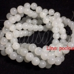 หิน white jade 6มิล (60 เม็ด)